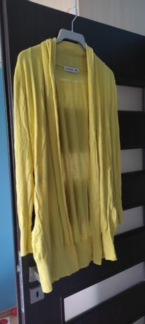 Żółty sweter Monnari