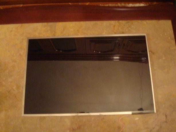 Ecra LCD para ASUS F3J em otimo estado