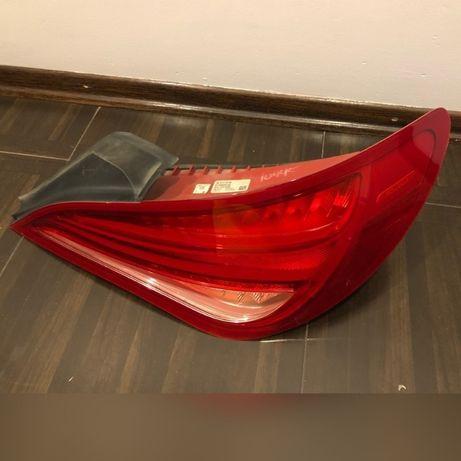 Lampy tylne Mercedes CLA250