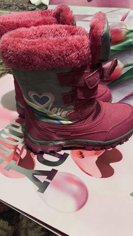 Продам зимние ботинки для девочки в отличном состоянии