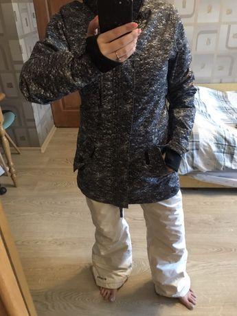 Зимняя куртка парка-сноуборлическая O'NEILL! Перчатки для катания!