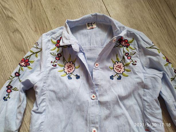 Модная рубашка на девочку с вышивкой 120рост