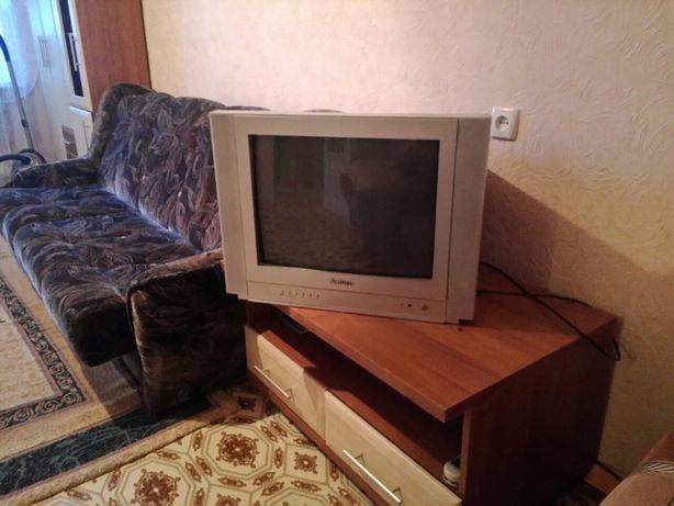 1 комнатная квартира гор ОР 3/5 с капремонтом ,с мебелью и техникой
