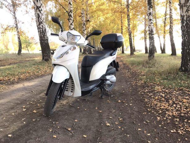 Продам Honda ch- 300
