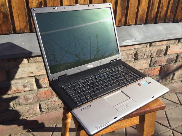 Ноутбук для работы,учебы и простых игр fujitsu-siemens