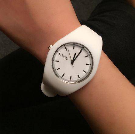 Стильные женские часы Geneva силиконовый ремешок (12 цветов)
