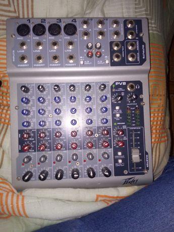 Mesas de mix Peavey Pv8 com Phantom Power 48v e Behringer Xenyx 1202fx