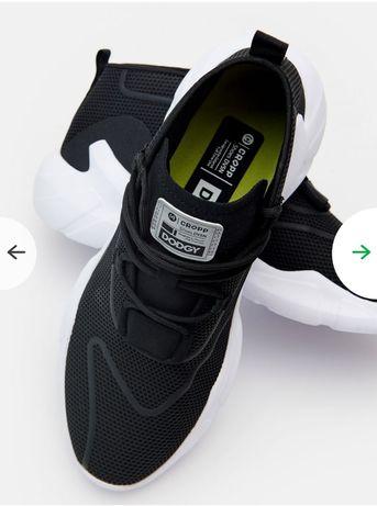 Продам кроссовки CROPP