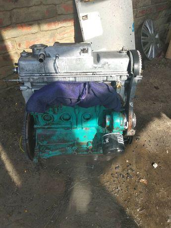 Мотор на Ваз21083