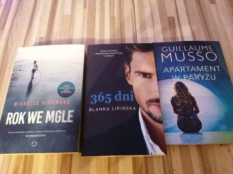 Zestaw 3 książek.