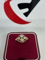 Złoty pierścionek z brylantami 0.7ct