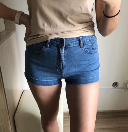 Jeansowe krótkie spodenki PULL&BEAR   M