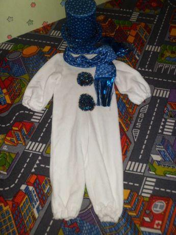 Продам костюм снеговик , подойдет на рост 100 - 122.