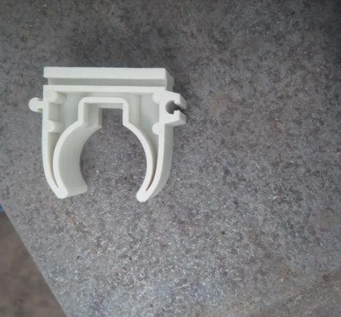 Хомуты, крепления для пластиковых труб , Крепление (клипса) для труб