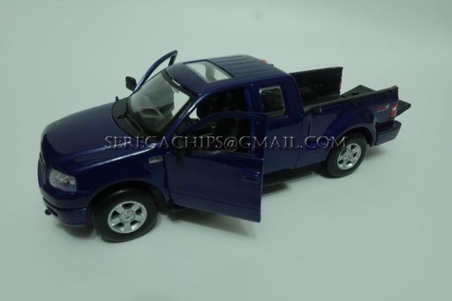 Коллекционная модель машины Ford F-150 FX4 1:31 2004 Maisto