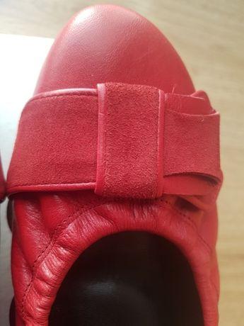Czerwone pantofle NOWE skóra nat.40 made in Poland
