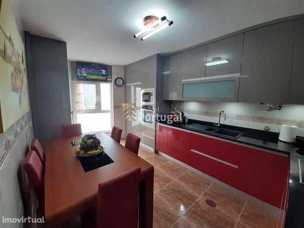 Apartamento T3 Venda em Póvoa de Varzim, Beiriz e Argivai,Póvoa de Var