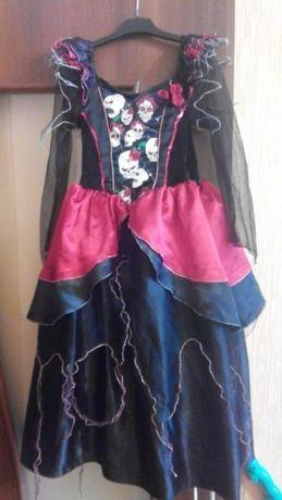 Карновальное платье ведьмочки