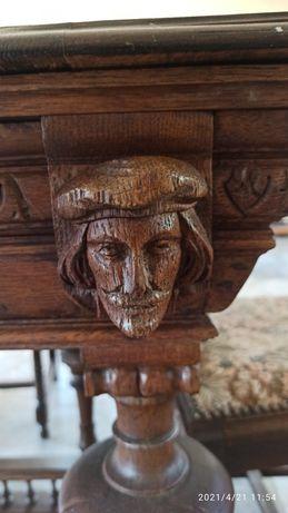 Duży drewniany, rozkładany, stół z krzesłami