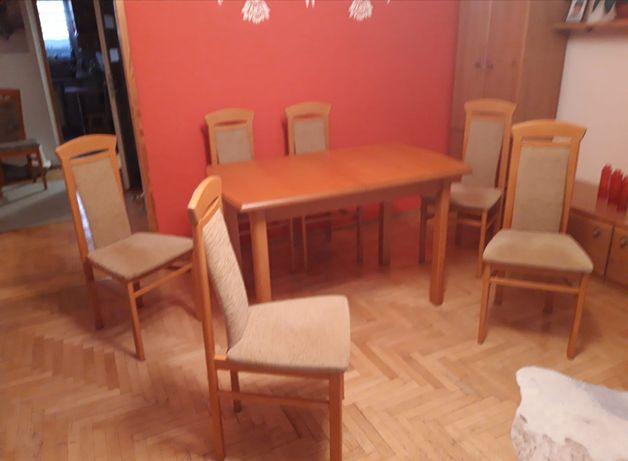 Stół Drewniany dobra jakość.