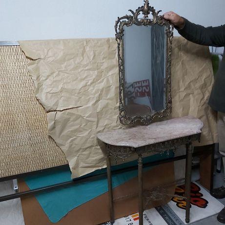 Mesa de apoio em ferro + espelho em ferro