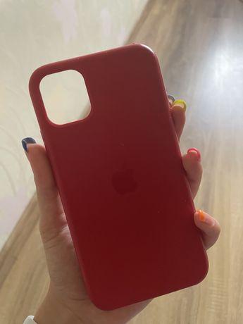 Чехлы на Iphone 1 (3 штуки)