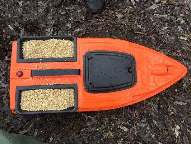 Корпус карпового кораблика для рыбалки Runferry. Оригинал .