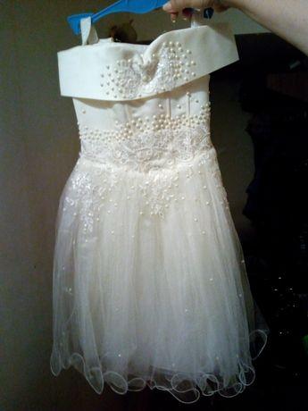 Продам детское бальное платье , возраст 3-7 лет