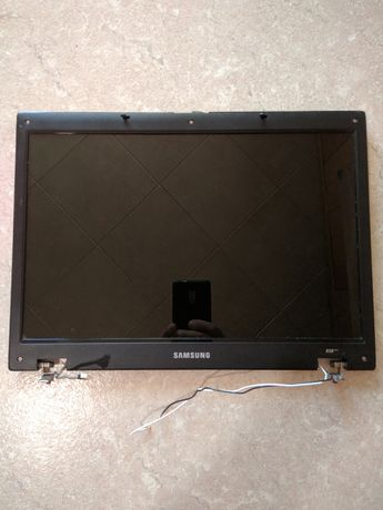 Нижняя часть корпуса , клавиатура Samsung R58+