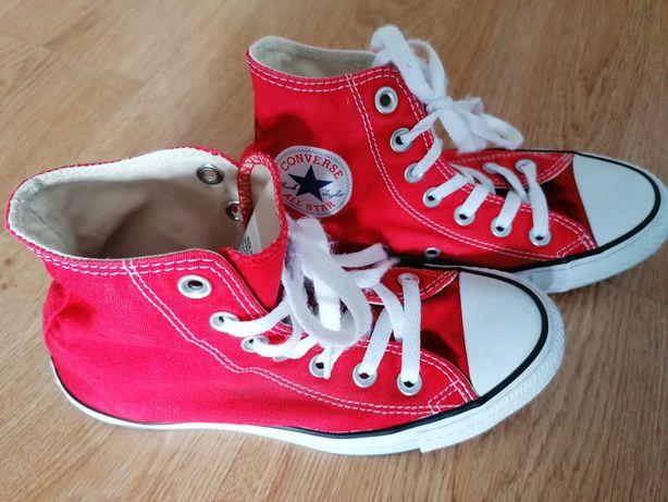Converse czerwone