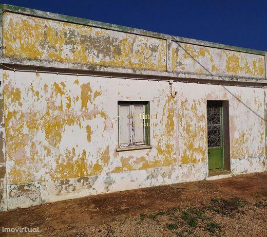 Casa térrea  com terreno