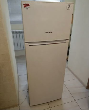 Холодильник Vestfrost CX263W