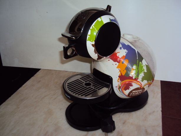 Maquina Dolce Gusto Krups serie limitada