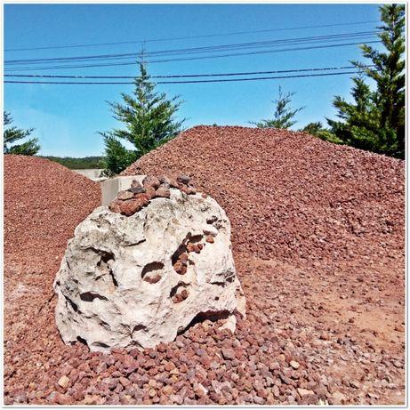 Pedra Vulcânica (Vários calibres)