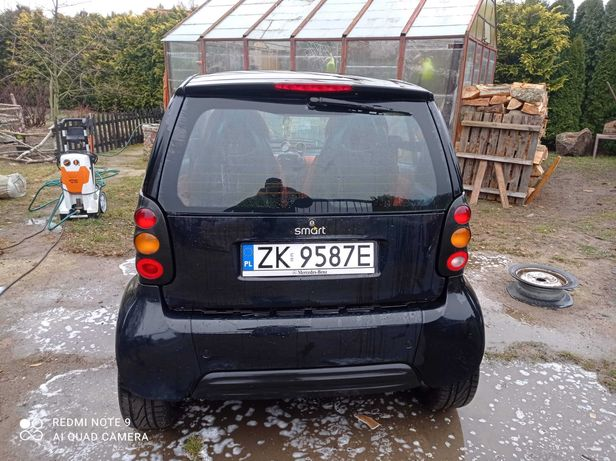 Czarny Smart na sprzedaż 2000r.