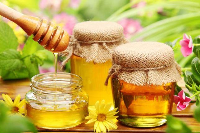 Смачнючий домашній свіжий мед