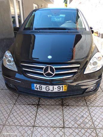 Mercedes-Benz B 150 Standard