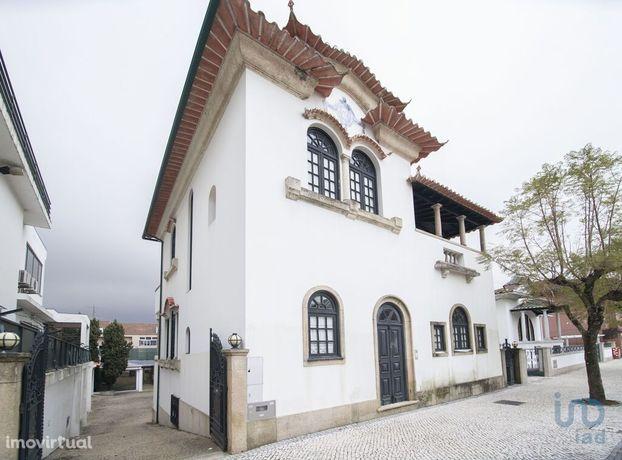 Moradia - 207 m² - T4