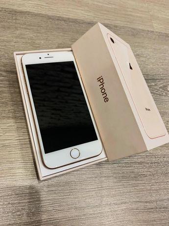 Телефон IPhone 8 64gb