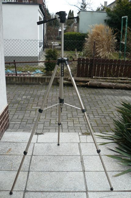 Statyw fotograficzny z pokrowcem