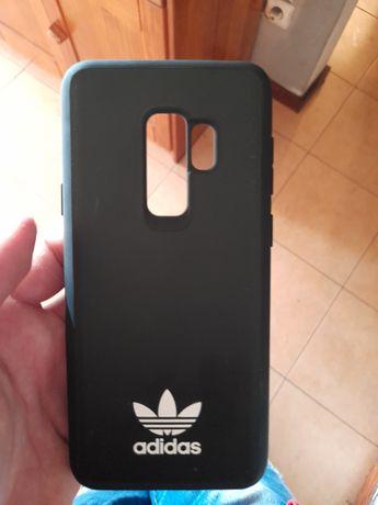 Capa de Samsung s9 adidas