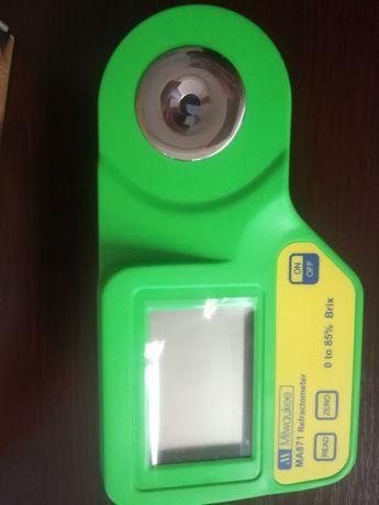 Oryginalny refraktometr cyfrowy Brix MA871 firmy Milwaukee