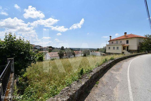 Terreno urbanizável, com 1050m2 em São Romão, junto a Seia