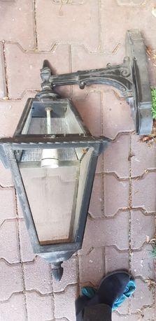Duża lampa zewnętrzna , latarnia