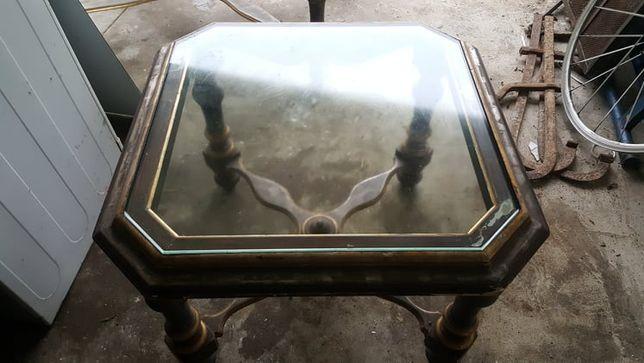 mesas de apoio em vidro e madeira