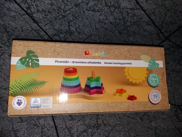 Piramudki - drewniana układanka