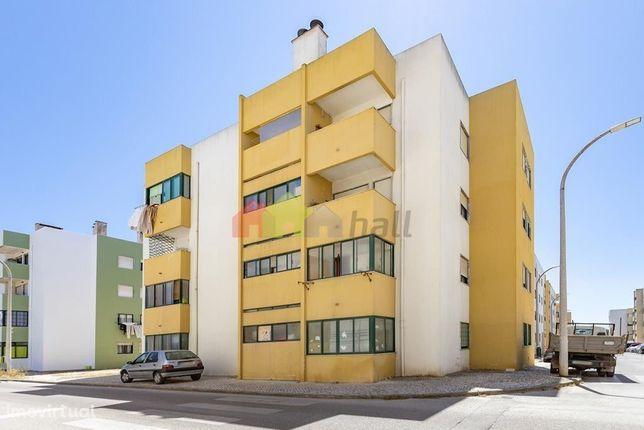 Apartamento T3 Urbanização Vila Verde - Alhos Vedros
