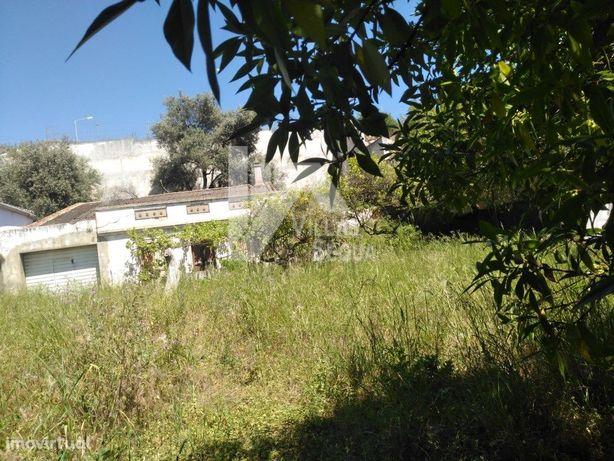 Terreno para construção de moradia ou prédio, com vista p...