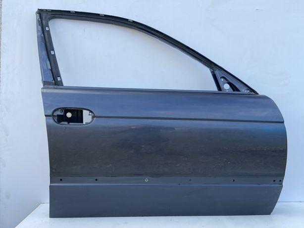 Дверька Дверь БМВ Е39 Передня Права Fjord Grau Metallic