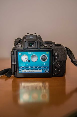 Nikon d5600 + 3 obiektywy, stan bardzo dobry